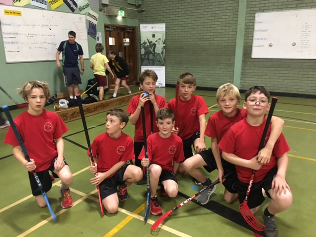 Year 6 Floorball